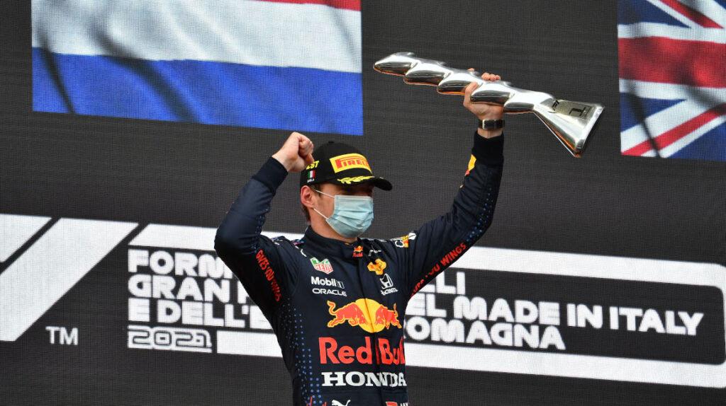 Max Verstappen gana en un accidentado GP de la Emilia Romaña