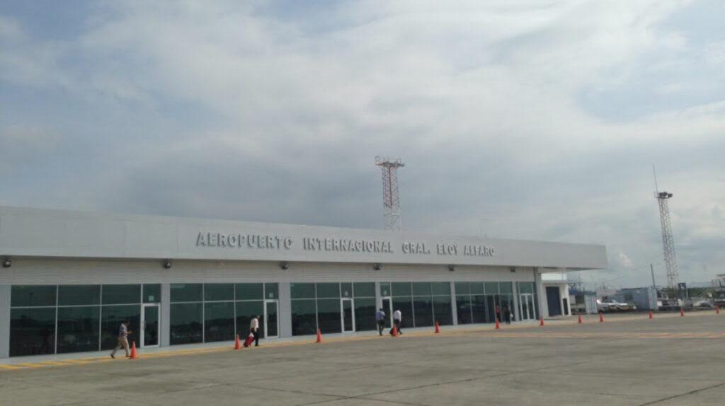 Gobierno establece vía legal para concesión del aeropuerto de Manta