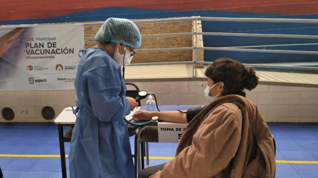 14 de abril de 2021: Ecuador suma 2.950 nuevos casos de Covid-19