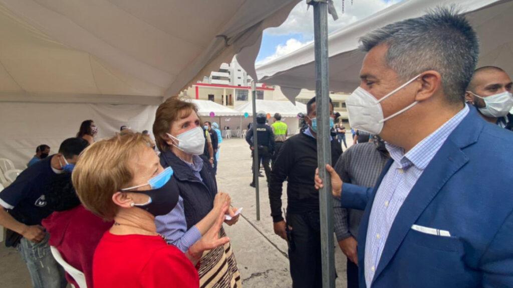 Ministro de Salud denuncia envío de citas telefónicas falsas de vacunación