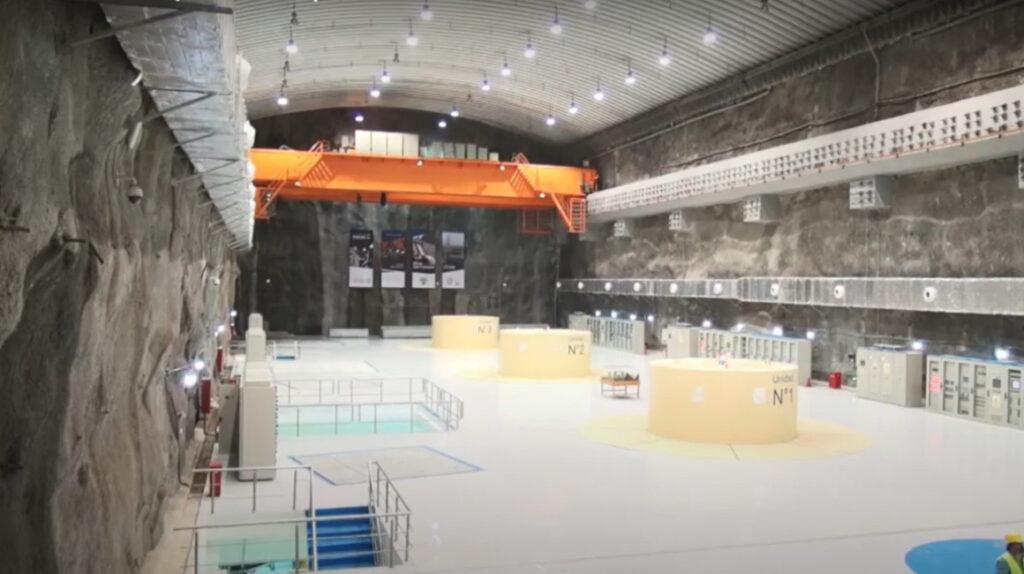 Gobierno recibe las centrales hidroeléctricas Minas San Francisco y Sopladora