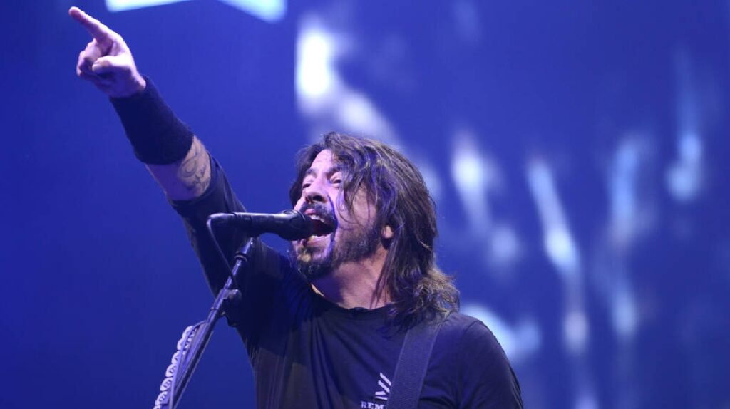 Dave Grohl, el líder de Foo Fighters, publicará sus memorias