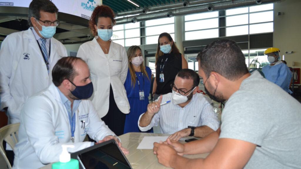 Municipio de Guayaquil inmunizará con vacuna china Sinovac