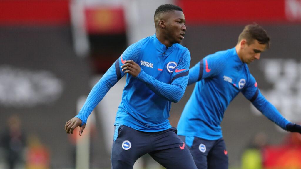 Brighton cayó ante Manchester United con Moisés Caicedo en el banco