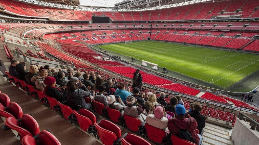 4.000 aficionados podrán asistir a las semifinales de la FA Cup