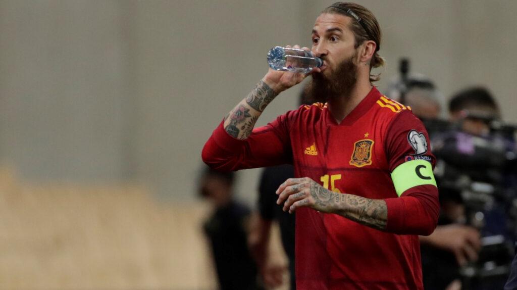 Sergio Ramos se vuelve a lesionar a pocos días de jugar Champions