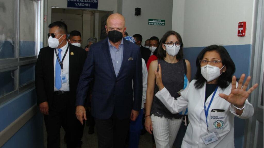 Niños también recibirán vacuna contra el Covid-19 en Ecuador