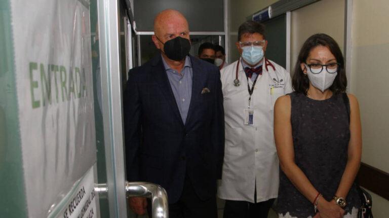 El vicepresidente Alfredo Borrero, y la ministra de Salud, Ximena Garzón