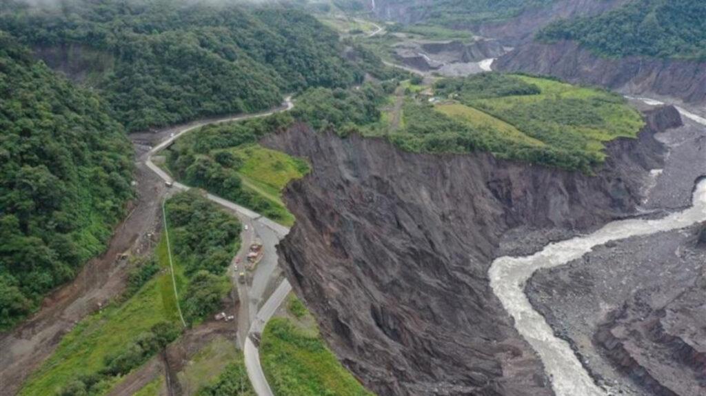 Erosión regresiva llega a río Malo y enciende alarmas en Celec