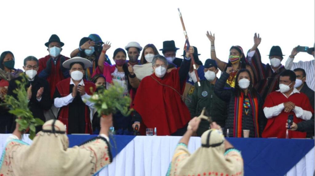 Lasso anuncia una subsecretaría de salud sobre medicina ancestral