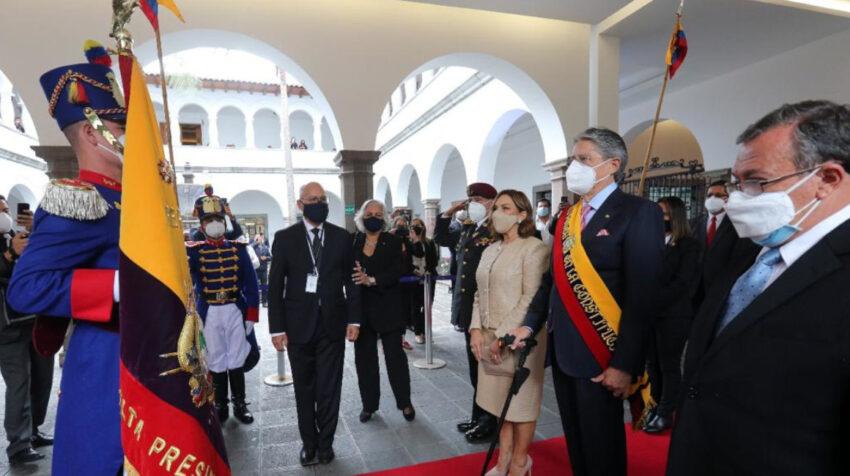 El presidente Guillermo Lasso, el 24 de mayo de 2021, a su arribo a Carondelet.