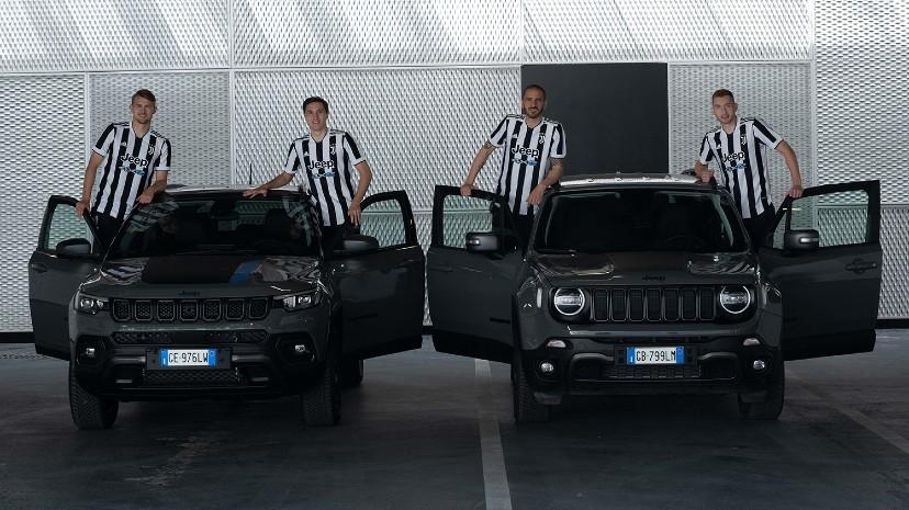 Jeep entregó a los jugadores de la Juventud la nueva flota de vehículos oficiales: Compass 4xe y Renegade 4xe (todos híbridos enchufables).
