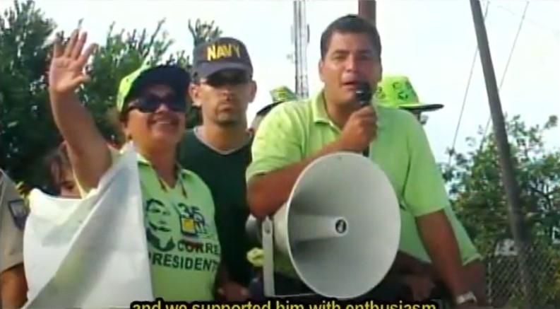 Rafael Correa y Gudalupe Llori durante un evento de campaña, en 2006.