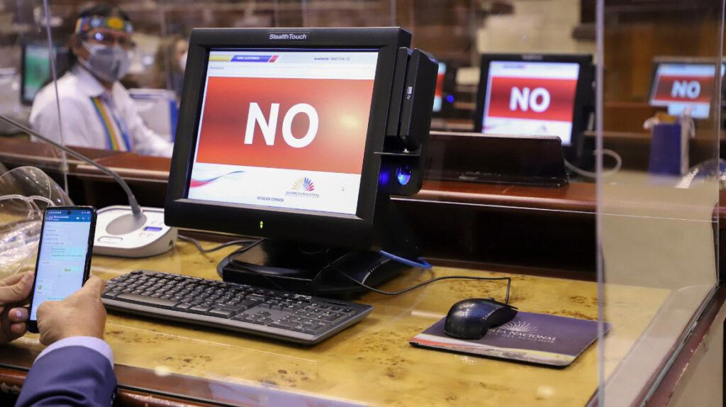 Asamblea: bancadas tienen escasas horas para salir a la 'caza' de votos