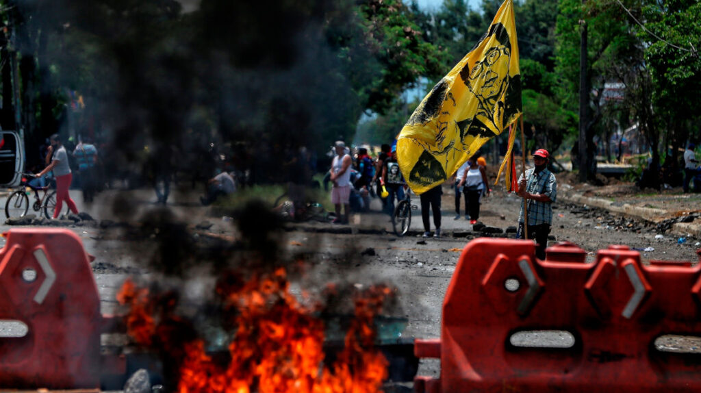 Protestas en Colombia ya golpean el abastecimiento en Ecuador