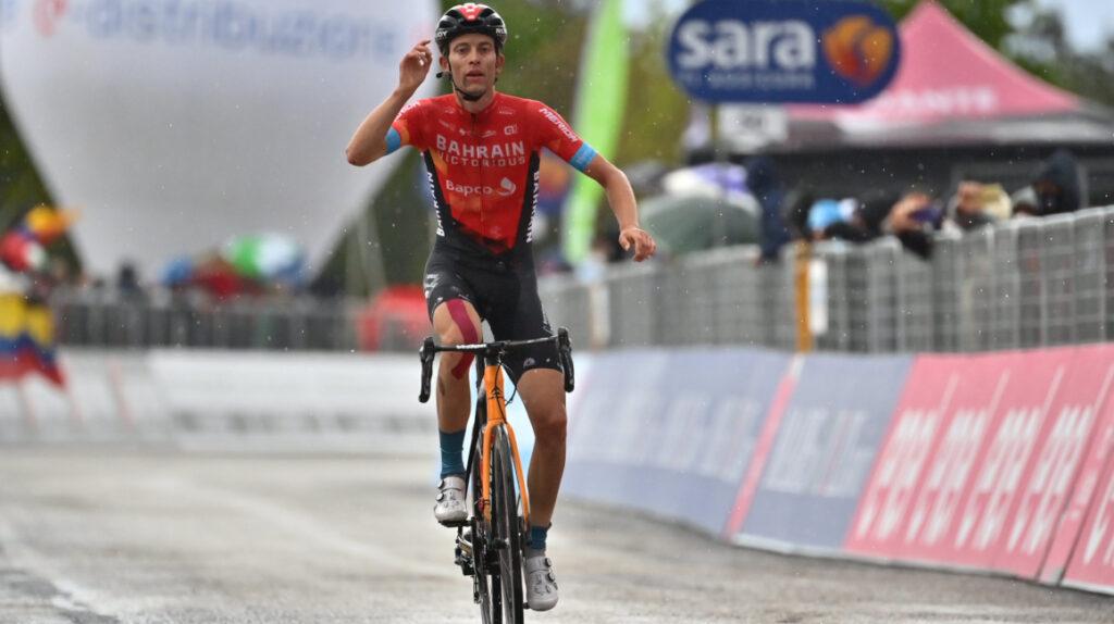 Gino Mader donará un euro por cada ciclista que supere en la Vuelta
