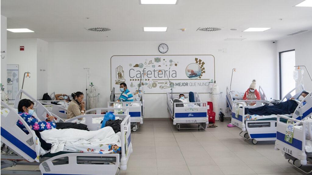 Vacunas reducen en más del 70% las hospitalizaciones, según un estudio