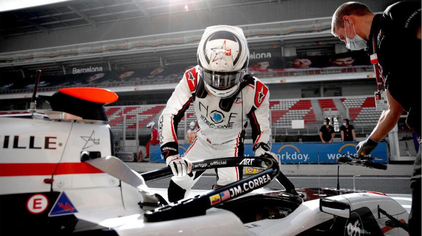 Juan Manuel Correa, antes de subirse a su auto en el Gran Premio de Barcelona de la F3, el domingo 9 de mayo de 2021.