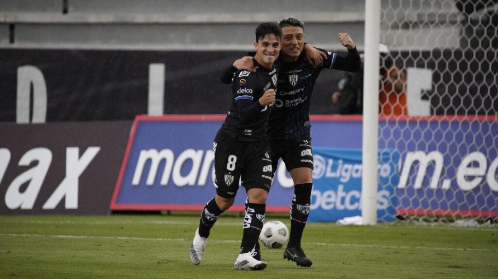Independiente derrota a Liga y se mantiene en la pelea por ganar la etapa