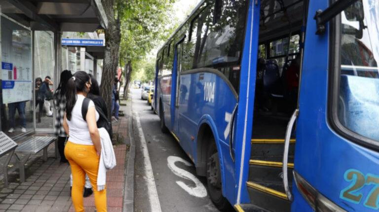 Operadoras de transporte urbano de Quito piden focalización del precio de los combustibles
