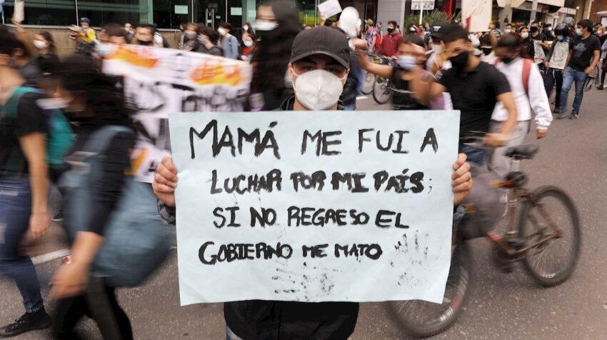 Manifestante en contra del gobierno de Iván Duque, 4 de mayo de 2021.