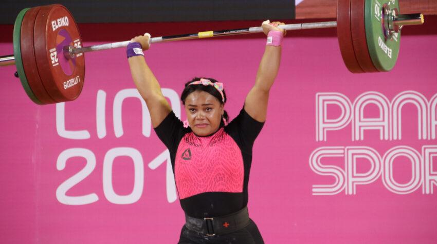 La pesista Neisi Dajomes, durante su participación en los Juegos Panamericanos de Lima, en 2019.