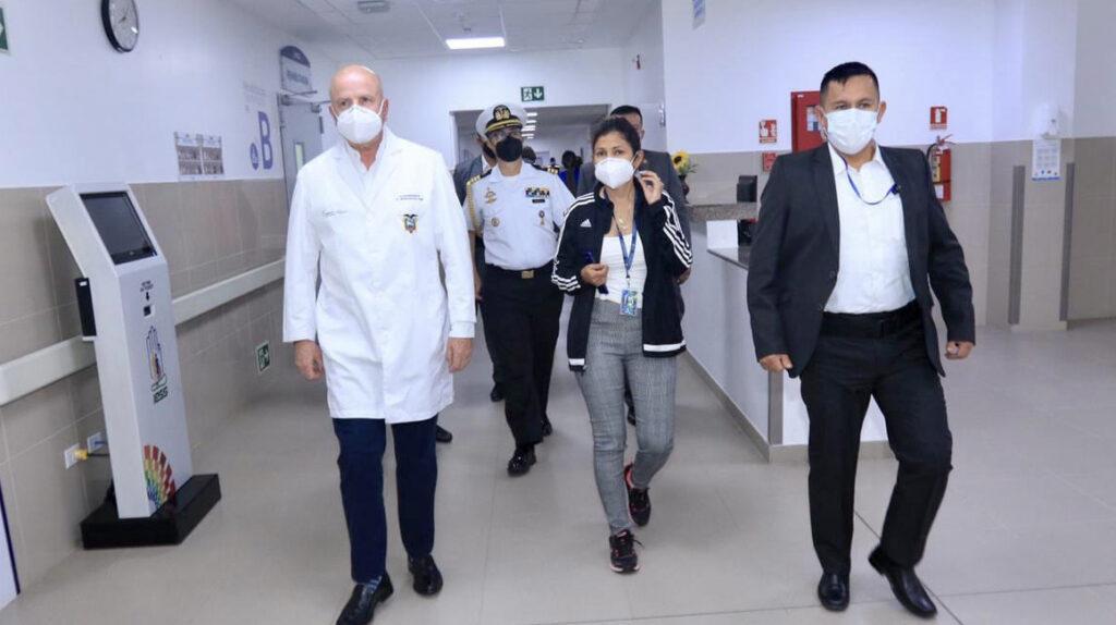 Gobierno pondrá a 15 hospitales públicos en 'terapia intensiva'