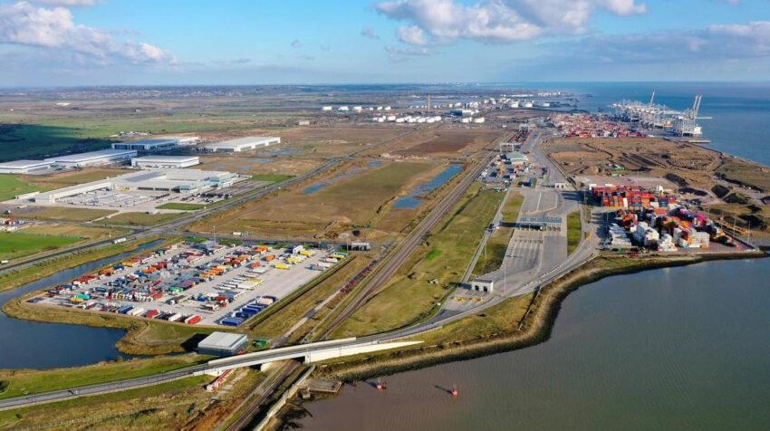 El puerto de Londres, en Reino Unido, es otra inversión de DP World en el mundo.