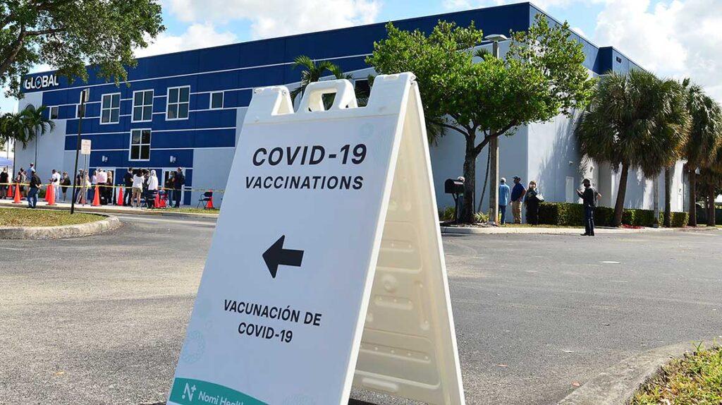 132.000 personas se registraron como 'ya vacunadas' fuera del plan oficial