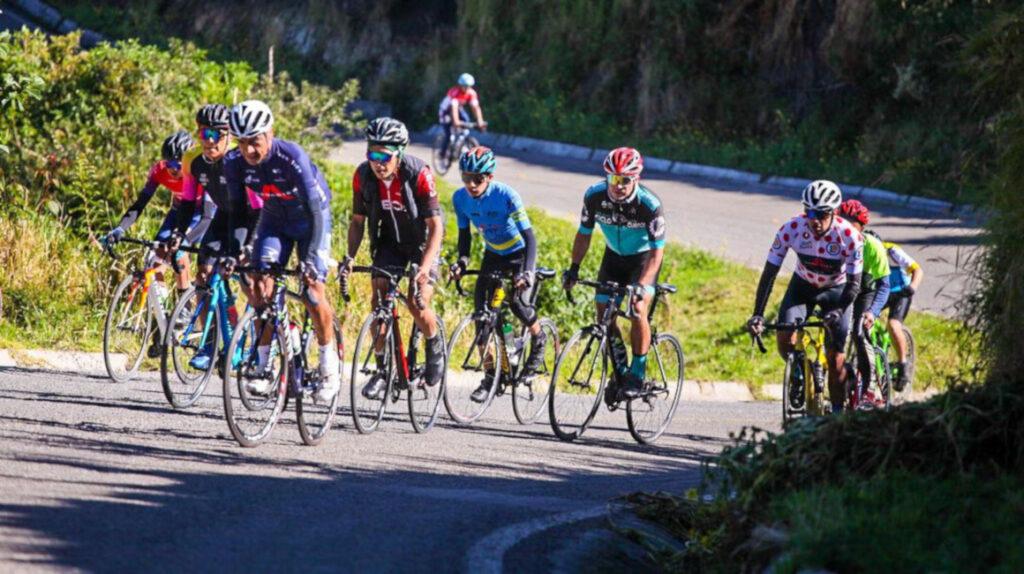 La clásica 'Tulcán, capital del ciclismo' reúne a lo mejor del pelotón nacional