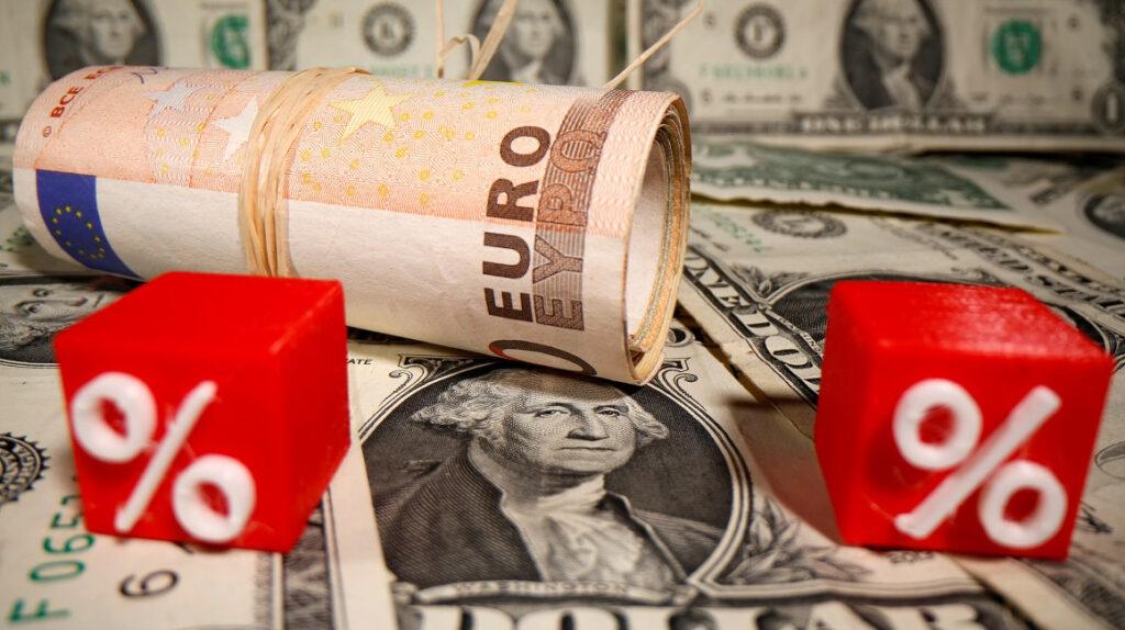 El dólar sube impulsado por señales de recuperación en Estados Unidos