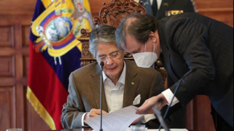 Bloomberg, rendimiento de bonos de deuda de Ecuador sorprende
