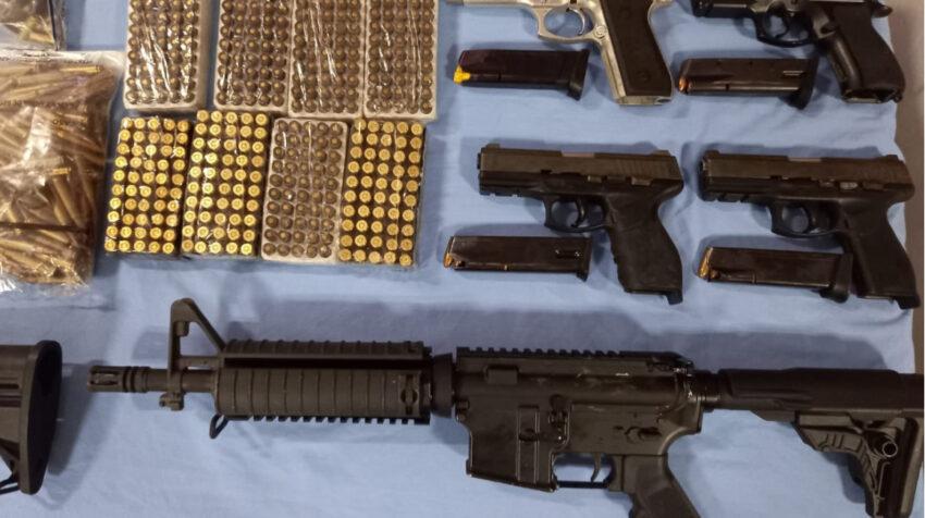 Armas de grueso calibre fueron halladas en la Penitenciaría del Litoral en el operativo policial realizado el 16 de junio de 2021.
