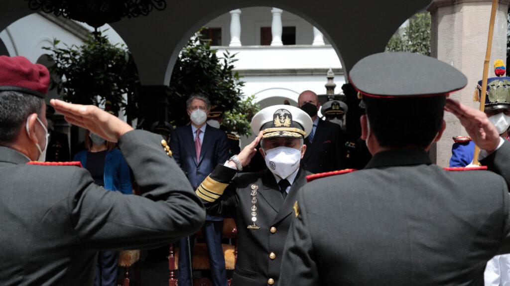 El presidente Lasso retira la seguridad al gabinete y exmandatarios