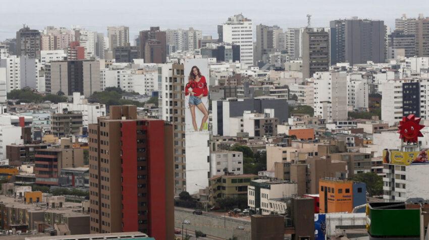 Imagen referencial. Vista aérea del barrio San Isidro, en Lima (Perú), en 2017.