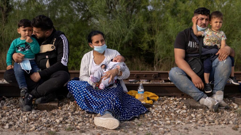 80.000 niños migrantes han sido detenidos en la frontera con EE.UU.