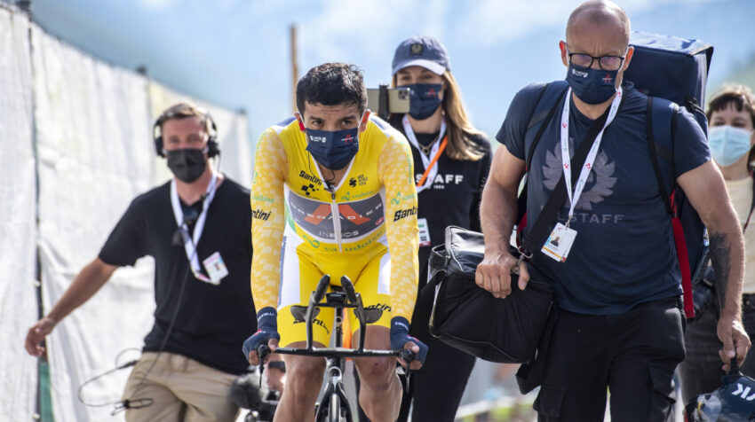 Richard Carapaz durante la Etapa 7 del Tour de Suiza.