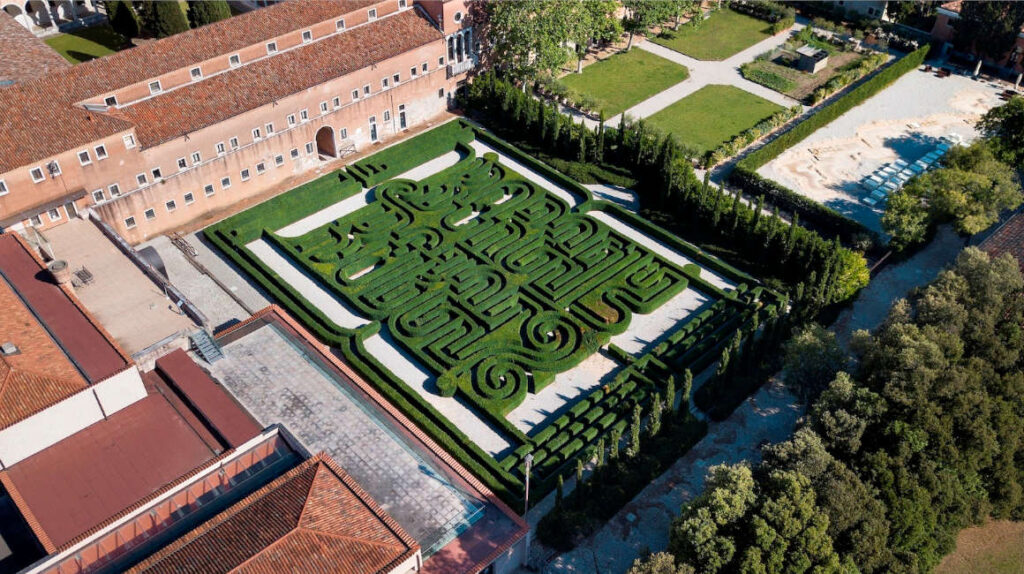 Jorge Luis Borges tendrá su propio laberinto en Venecia