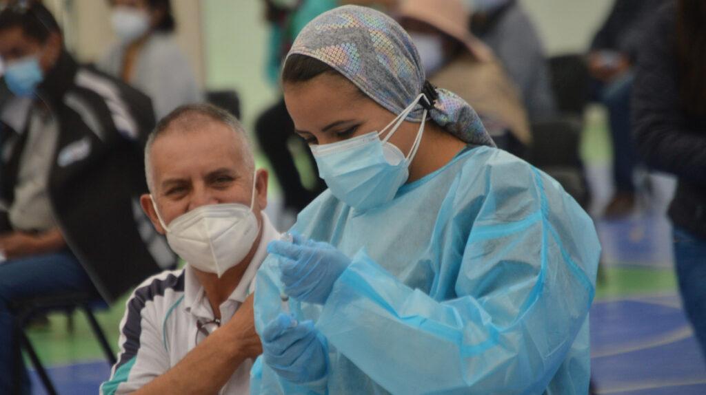 """Gobierno presenta el """"vacunómetro"""" para informar avance en inmunización"""