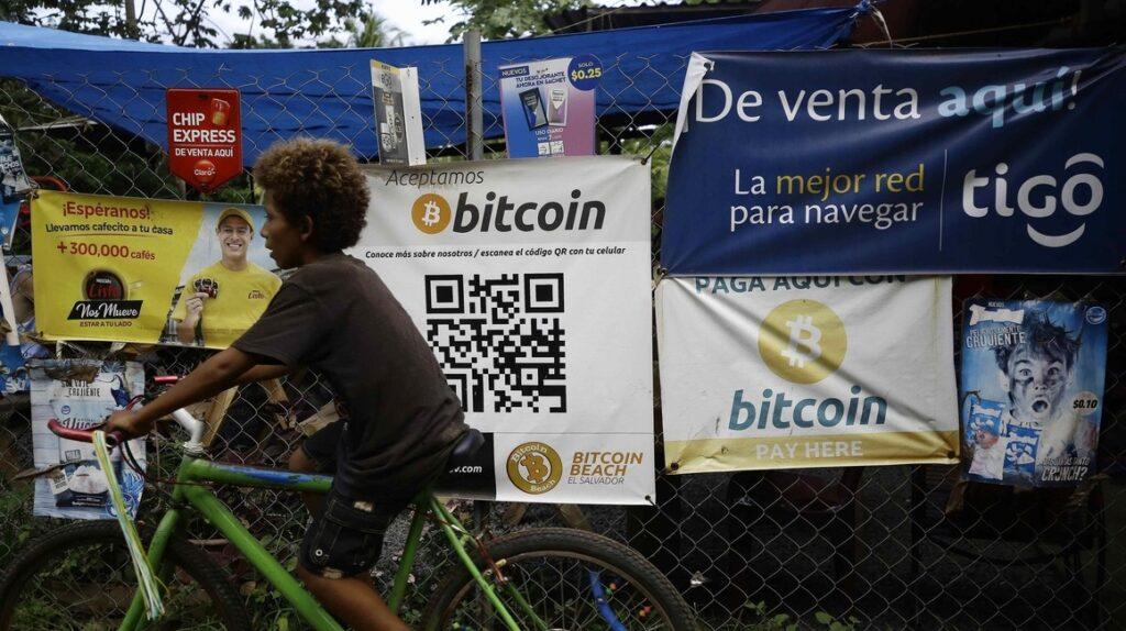 El Salvador y su plan para minar bitcoins con la energía de los volcanes