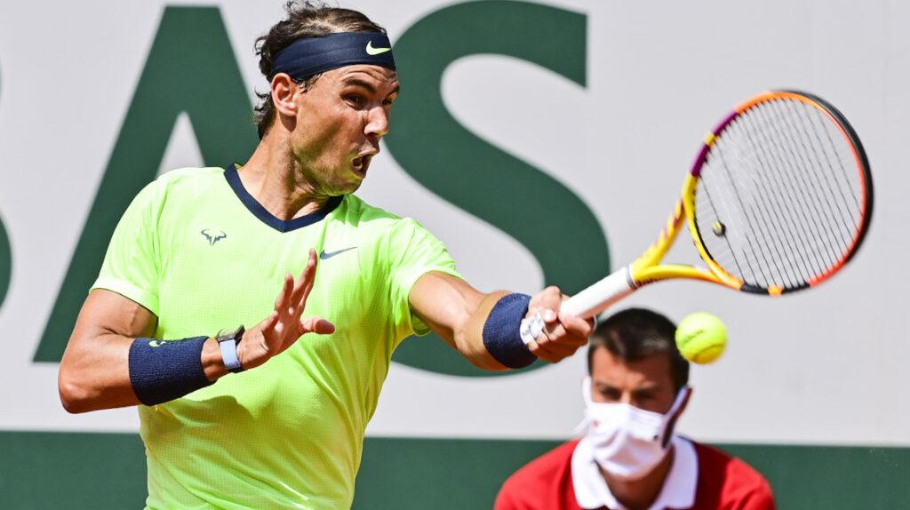 Nadal pasa a semifinales de Roland Garros y va por su título 14 en París