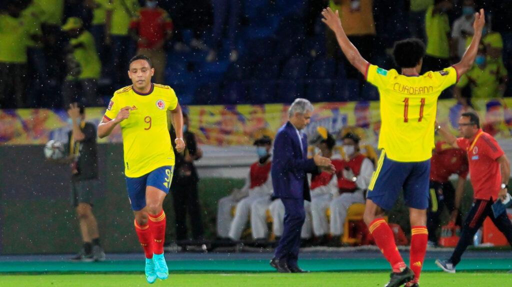 Colombia arrincona a Argentina y rescata un empate en Barranquilla