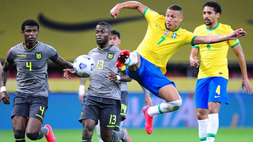 Robert Arboleda confirma contactos entre capitanes por Copa América