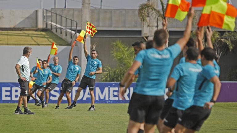 Árbitros Copa América