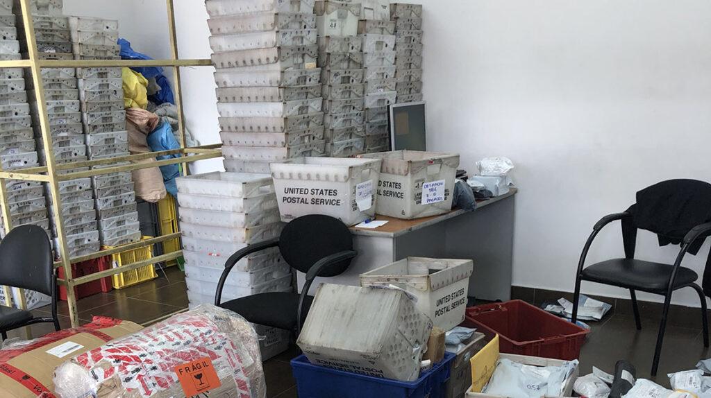Nueva empresa postal no logró mejorar la entrega de paquetes