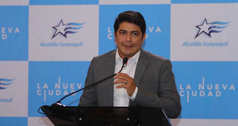 César Velasteguí, vocero del Municipio de Guayaquil, en su primera presentación a la prensa, el 21 de junio de 2021.