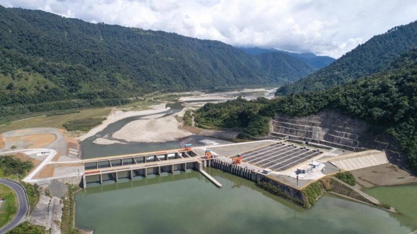 Las obras de captación, valoradas en USD 400 millones podrían ser dañadas por la erosión, lo que significaría la suspensión de operaciones de la central Coca Codo Sinclair.
