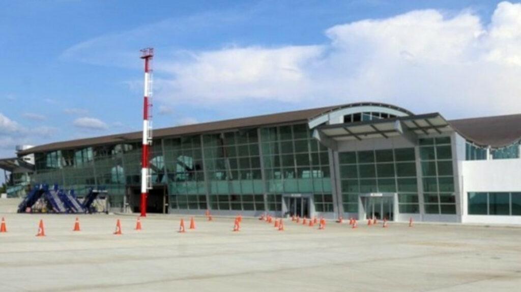 Desierto concurso para concesión de aeropuerto de Manta