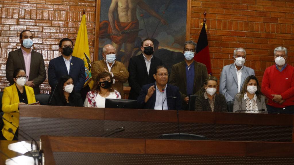 El Municipio de Quito en un laberinto jurídico por la remoción