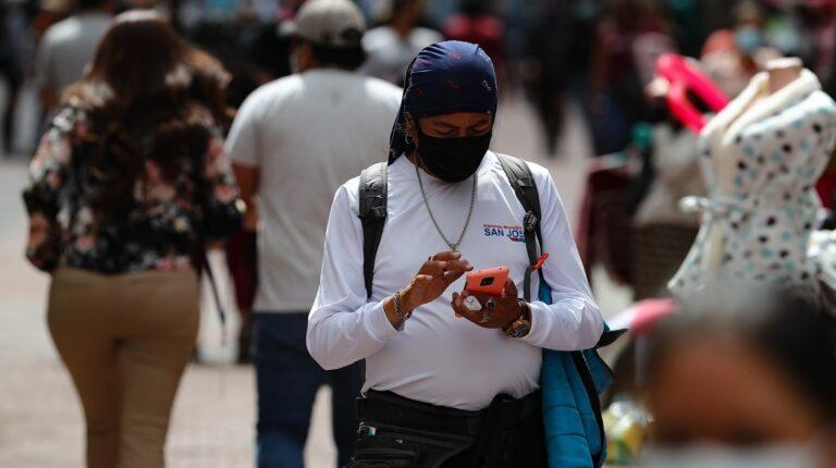 Ecuador está por debajo del promedio mundial en la conexión de Internet móvil